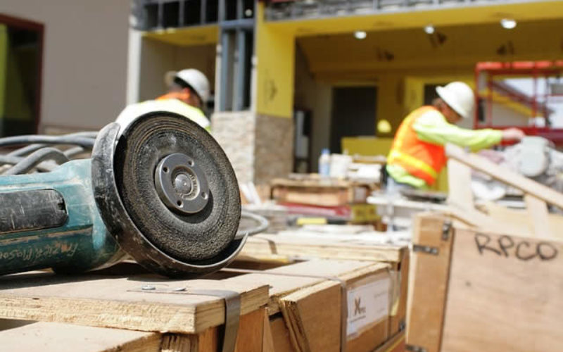 4 Steps to Improving Workplace Safety in the Industrial Sector