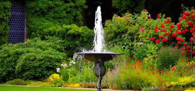 These 6 Types of Fountains Looks Best for Small Gardens
