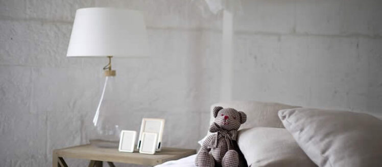 Best Tips to Adorn Your Bedroom Without Piling Up Debts