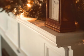 What Type of Mantel Should I Choose for My Fireplace?