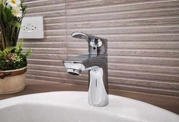 What Every DIYer Should Know About Their Home Plumbing System