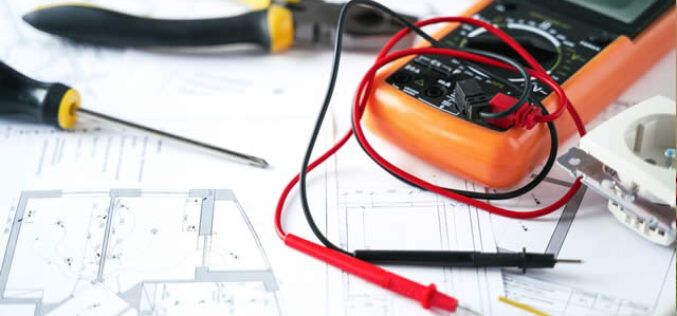 3 Electrical Repairs a DIYer Can Do and 3 That You Should Always Leave to the Pros