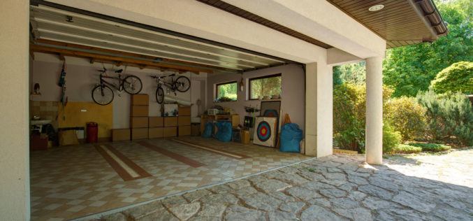 Keeping Your Garage Organized