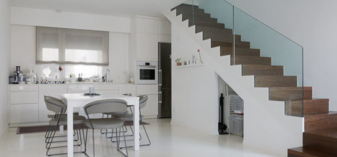 Home Stairway with Glass Balustrade