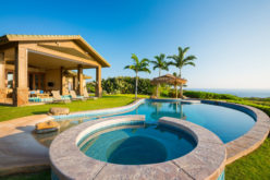 Luxury Shaped Swimming Pool with Attached Hot Tub