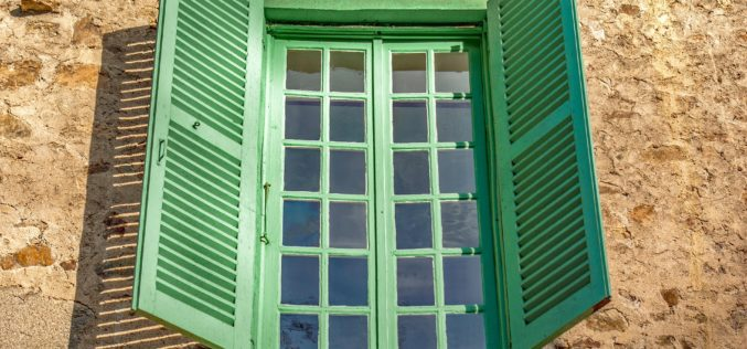 Your Window Shutters Should Open and Close to Give the Full Function of Shutters