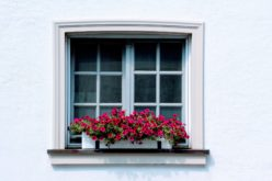 Using Window Boxes To Beef Up Your Exterior Home Decor