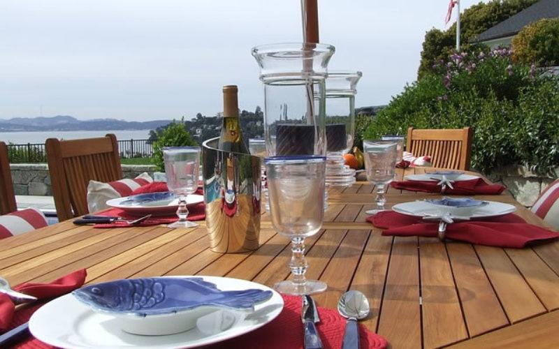 Planning An Outside Dinner