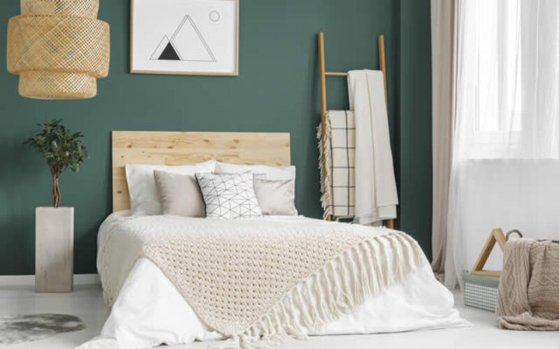 Wake Up Your Bedroom With These Fun and Fresh Decorations