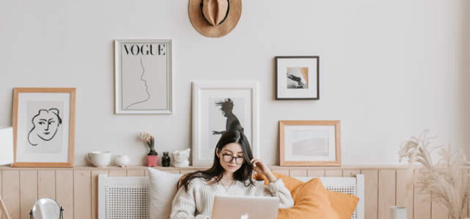 <span>analysis:</span>  How To Make Your First Apartment Cozy