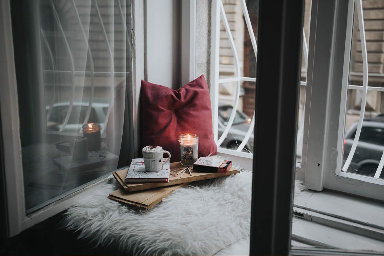 make your first apartment cozy