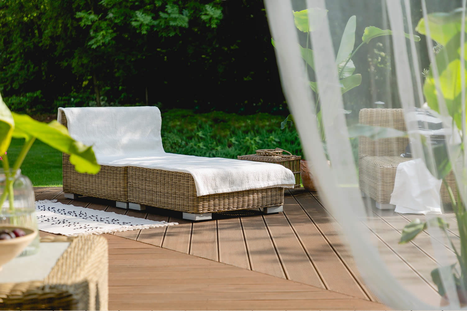 ways to maintain your deck
