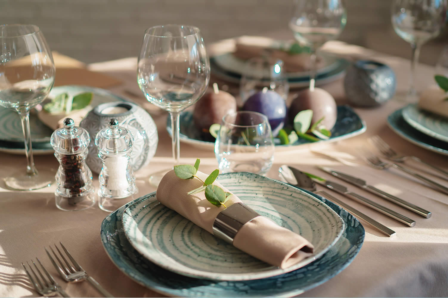 table setting decorations